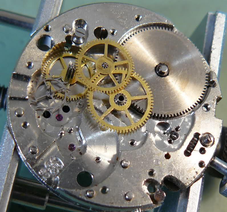 Enicar - Chronographe Enicar R92 Rwqwap