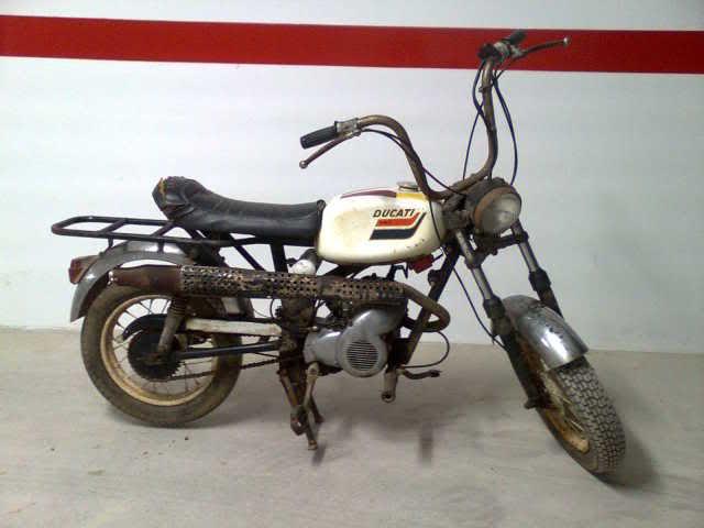Mis ciclomotores Ducati W7d9br