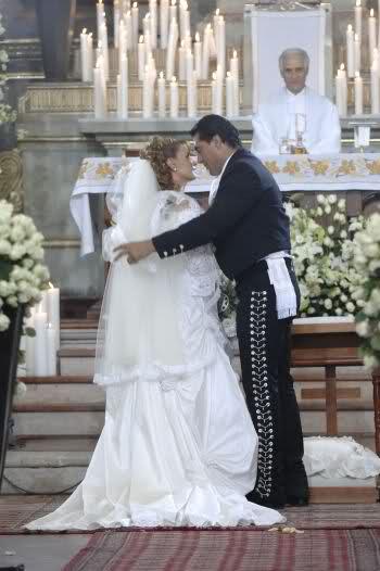 Свадьбы в сериалах 20aysz7