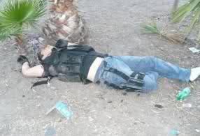 Enfrentamiento en el Boulevard Insurgentes de Tijuana (imagenes fuertes) 25s36v4