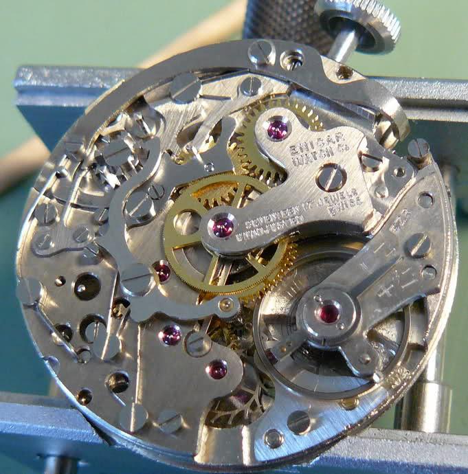 Chronographe Enicar R92 2dwgb5x