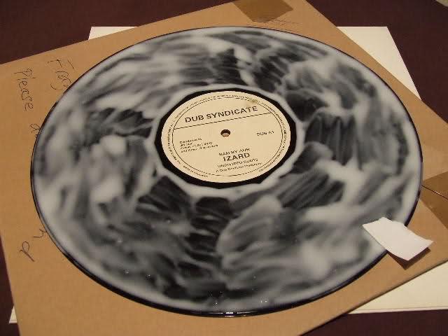 Per chi ascolta i dischi neri ... pulire il VINILE 2mn0j7c