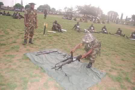 Armée Nigériane / Nigerian Armed Forces 724z7l