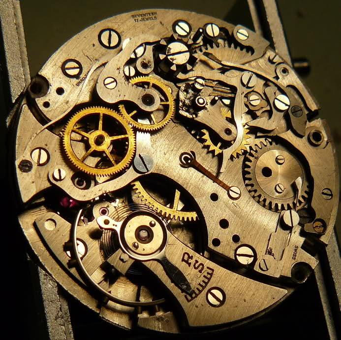 Chronographe Breitling Premier 1946 venus 175 3 compteurs Iwn89h