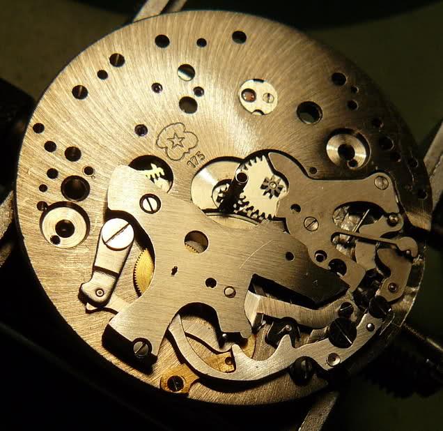 Chronographe Breitling Premier 1946 venus 175 3 compteurs 2w5ktpz