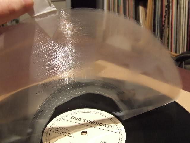 Per chi ascolta i dischi neri ... pulire il VINILE 2ih1jf5