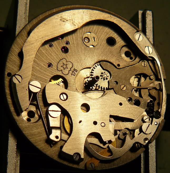 Chronographe Breitling Premier 1946 venus 175 3 compteurs 2mo1g1l