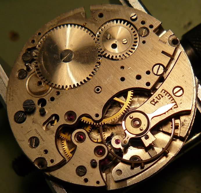 Chronographe Breitling Premier 1946 venus 175 3 compteurs 2zicxus