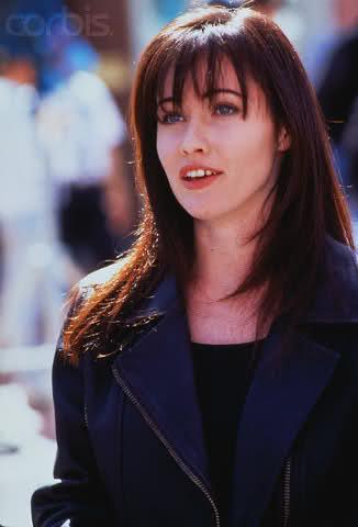 Беверли-Хиллз 90210 - Страница 2 Juzfoi