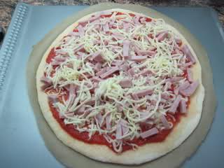 Masa de pizza con sémola de trigo K0pu86