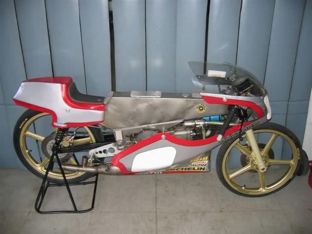Réplica Bultaco 50 MOTUL Carmona 1982 - Página 11 Swe53m