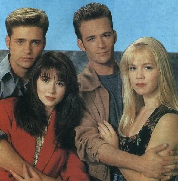 Беверли-Хиллз 90210 - Страница 2 Xcw01k