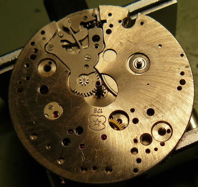 Chronographe Breitling Premier 1946 venus 175 3 compteurs 14e5ule