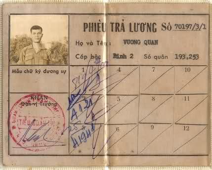 Livrets militaires Vietnamiens 24dihsn
