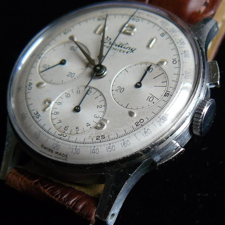 Chronographe Breitling Premier 1946 venus 175 3 compteurs 2ed6s7c