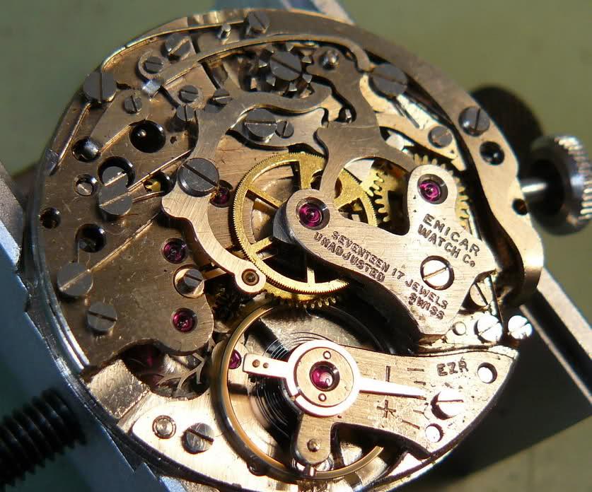 Enicar - Chronographe Enicar R92 34q4h3n