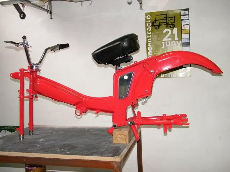 Restauración Mobylette AV-188 4uv511