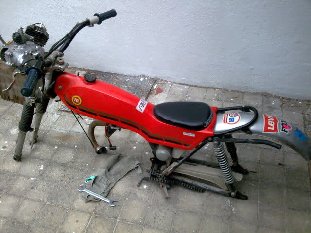 Reconstruyendo mi primera moto: Cota 49 5jz0rc