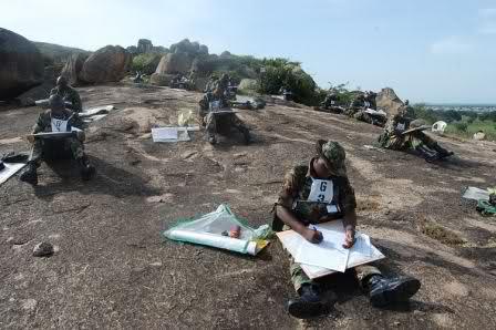 Armée Nigériane / Nigerian Armed Forces 9i5rh1