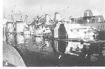 Le sabordage de la Flotte à Toulon (83) 27/11/1942 Ztu2q9