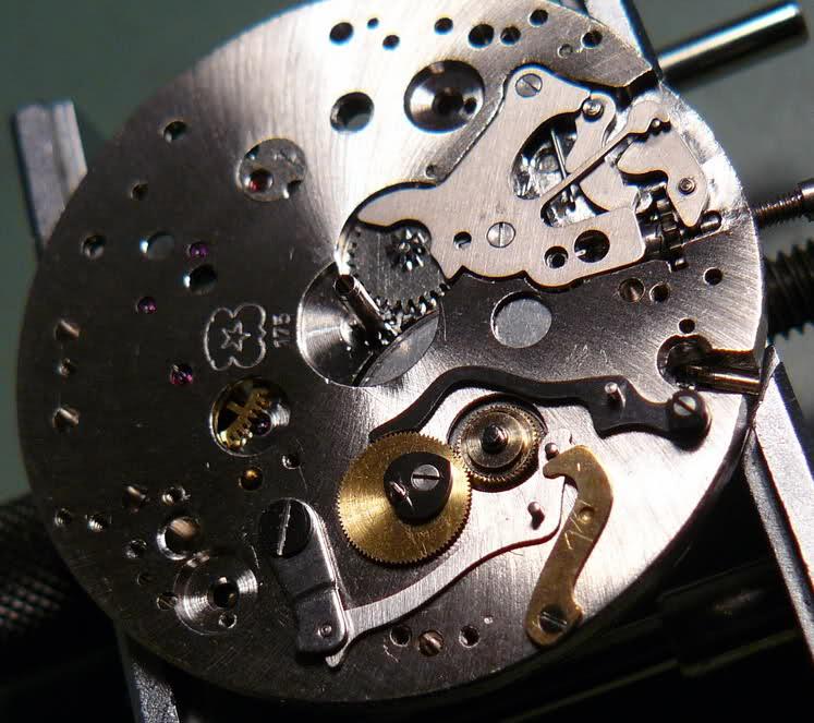 Chronographe Breitling Premier 1946 venus 175 3 compteurs 11c9o1s