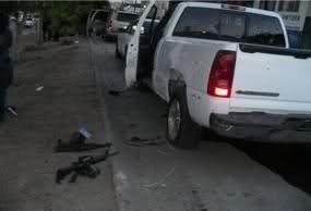 Enfrentamiento en el Boulevard Insurgentes de Tijuana (imagenes fuertes) 1xxaao