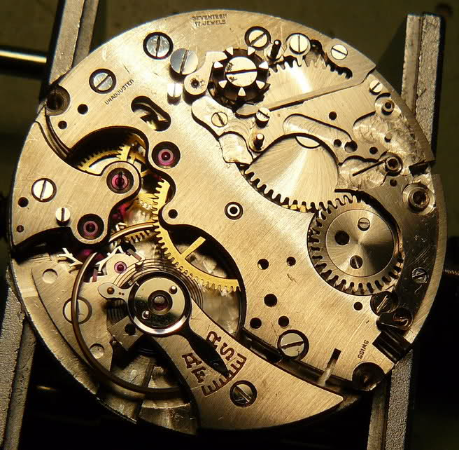 Chronographe Breitling Premier 1946 venus 175 3 compteurs 2el8sqc
