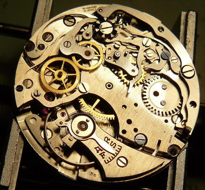 Chronographe Breitling Premier 1946 venus 175 3 compteurs 2gw865w