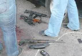 Enfrentamiento en el Boulevard Insurgentes de Tijuana (imagenes fuertes) 2ibmasi