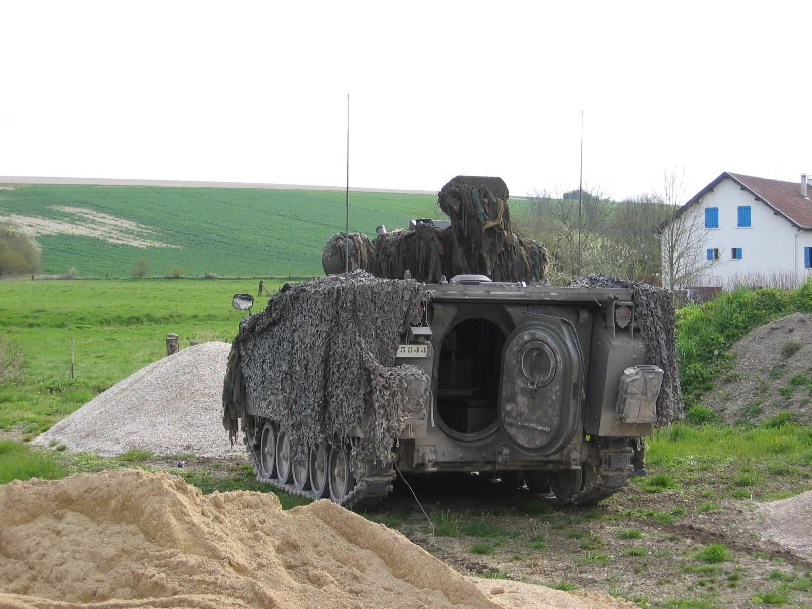 L'armée Belge en Manoeuvres 4io36x