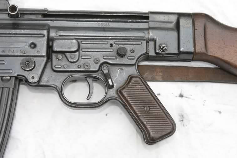 MP43/MP44/StG44 Fcir6w