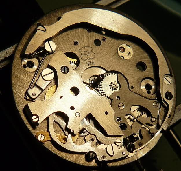Chronographe Breitling Premier 1946 venus 175 3 compteurs Ojj8mh