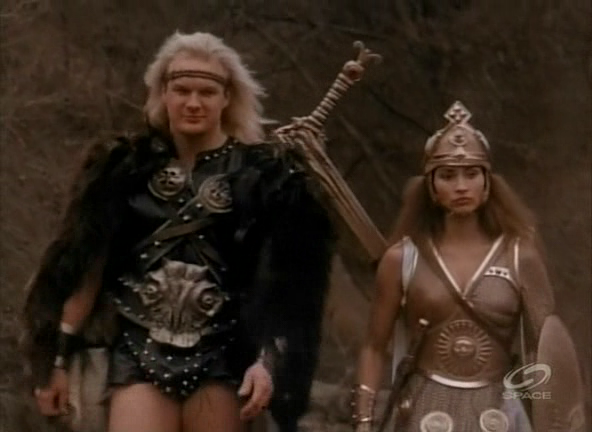 Women Wearing Revealing Warrior Outfits - Page 8 64knsl