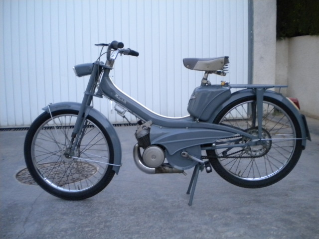 La Mobylette AV 44,por CIC. Kssxv