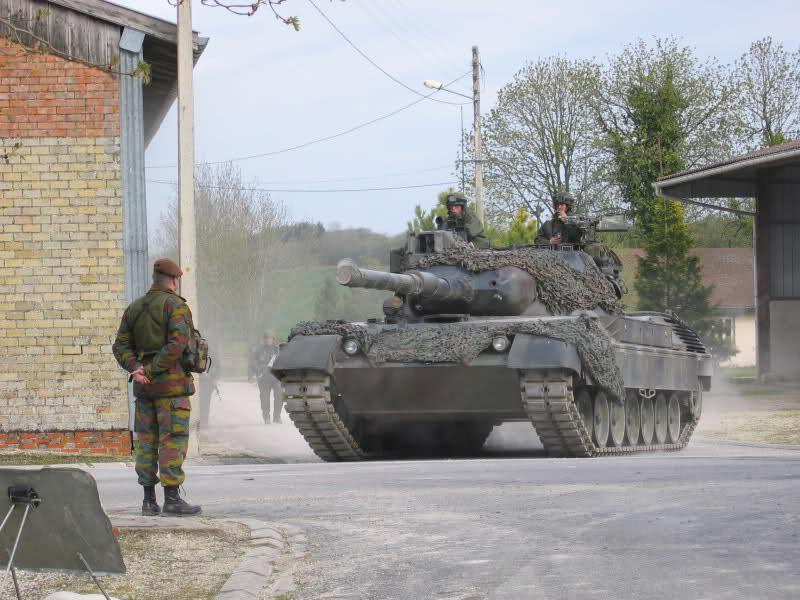 L'armée Belge en Manoeuvres Ydn5v