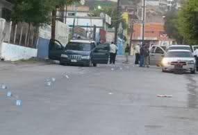 Enfrentamiento en el Boulevard Insurgentes de Tijuana (imagenes fuertes) 15heee1