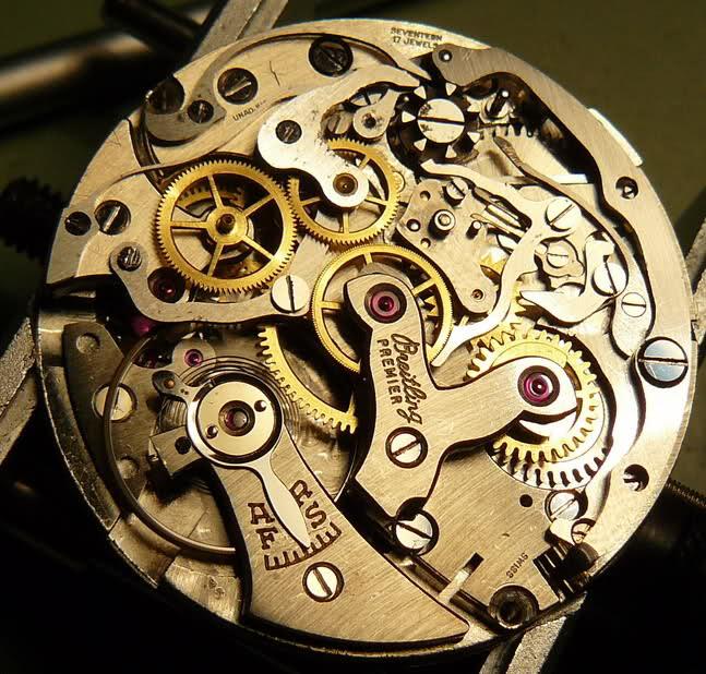 Chronographe Breitling Premier 1946 venus 175 3 compteurs 2612fit