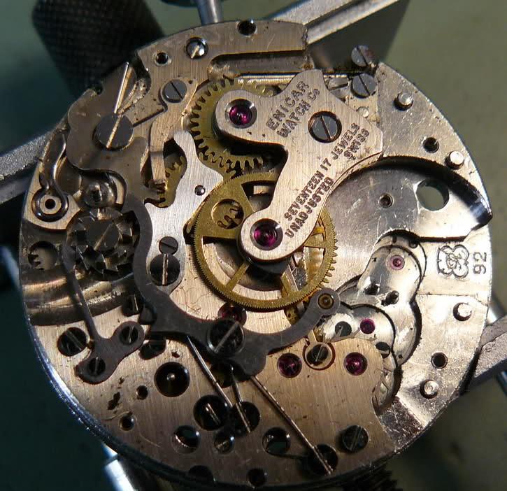 Chronographe Enicar R92 27x33vl