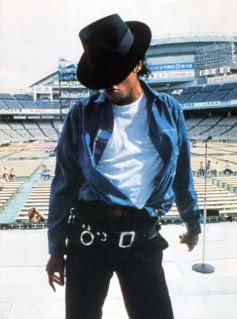 Consiglio: foto di Michael da stampare su maglietta. 2i085lv