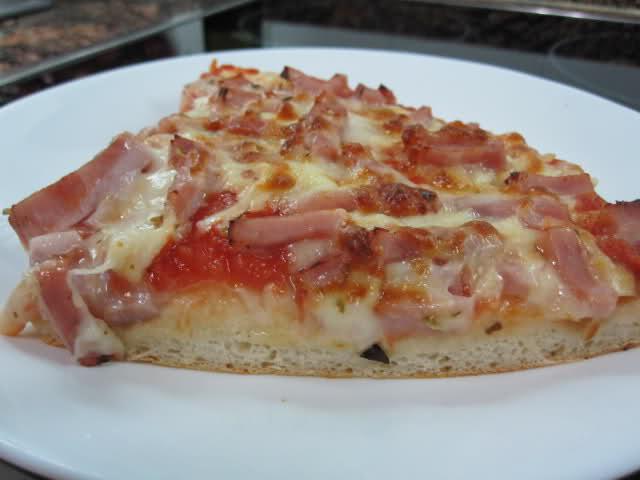Masa de pizza con sémola de trigo 2n6yi43