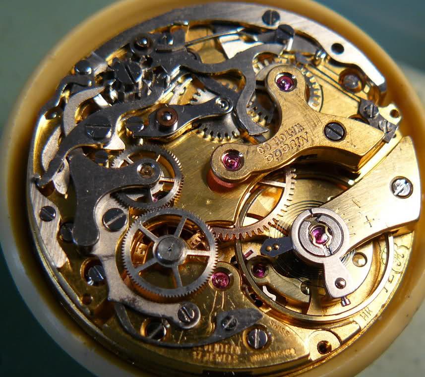 Enicar - Chronographe Enicar Sherpa Graph R72 : une fin de collection 5l9svr