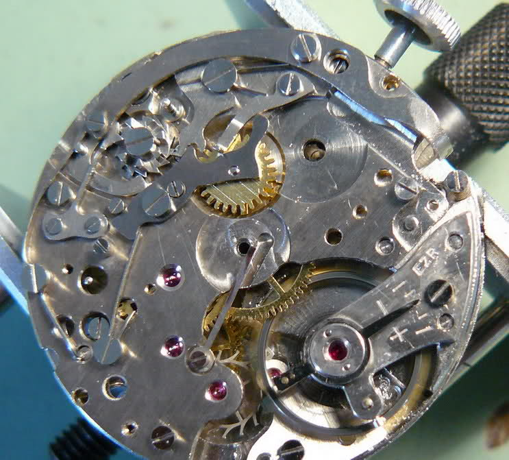 Enicar - Chronographe Enicar R92 659009