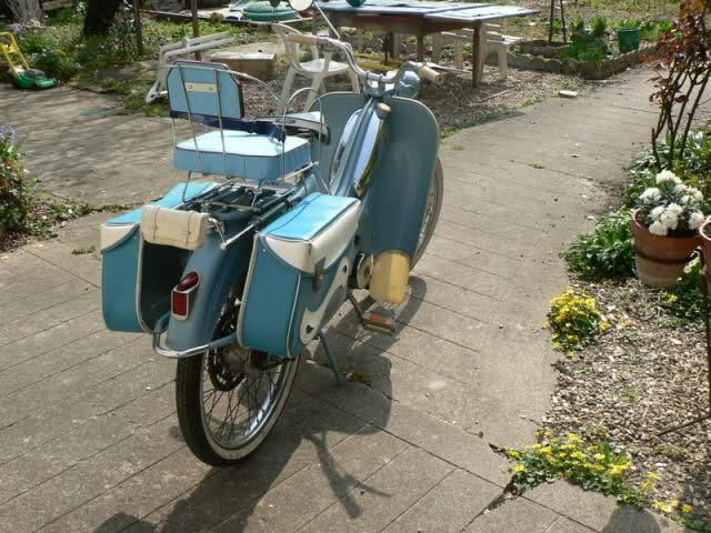Mobylette AV88 de Gala W2n968