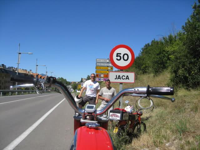 Transpirenaica en Mobylette 2010 total 1123km  - Página 3 2unvzh0