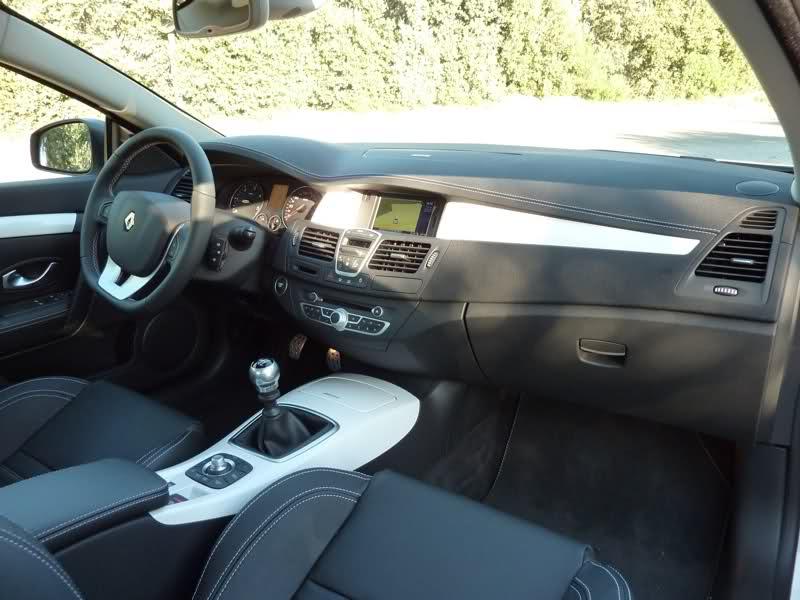 [DOUGDOUGI83] Laguna III Coupé Monaco GP 2.0 dCi 180 Bg5wmd