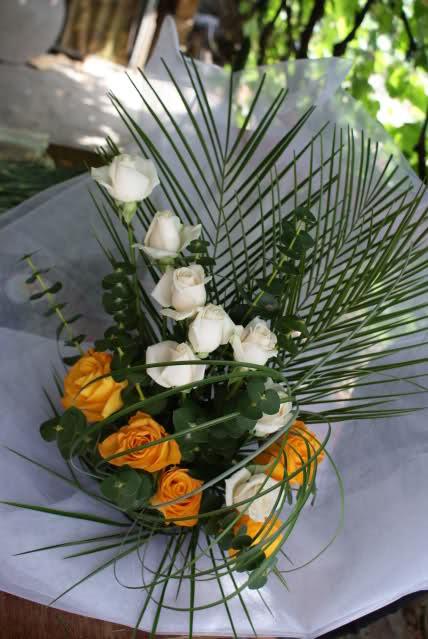 Aranjamente florale - Pagina 4 2n6rukw