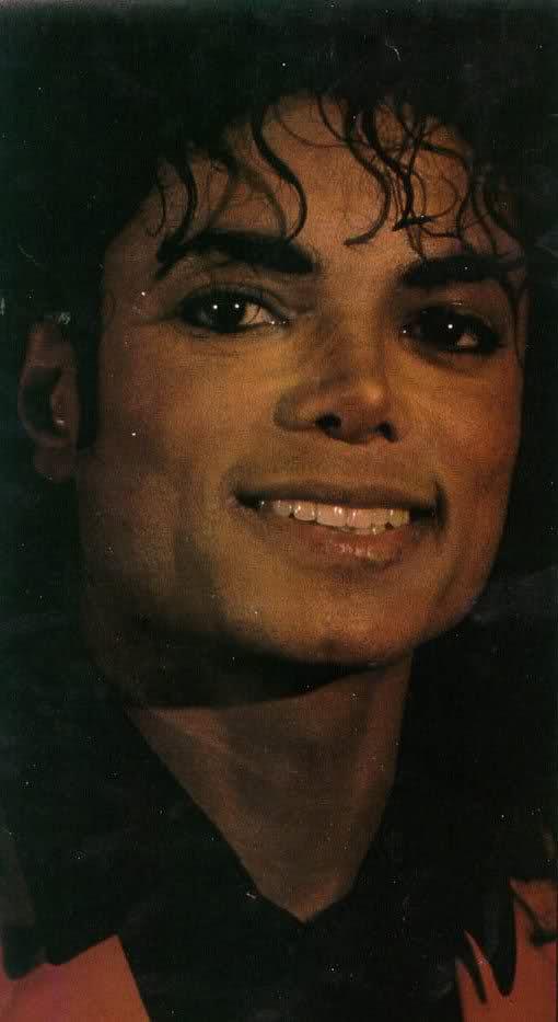 Il sorriso di Michael - Pagina 31 2ew1moo