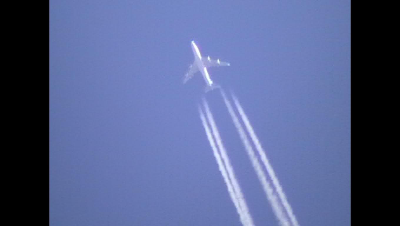 chemtrails - contrails - avion - jet