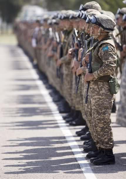 Armées du Kazakhstan  - Page 5 10r2ss7