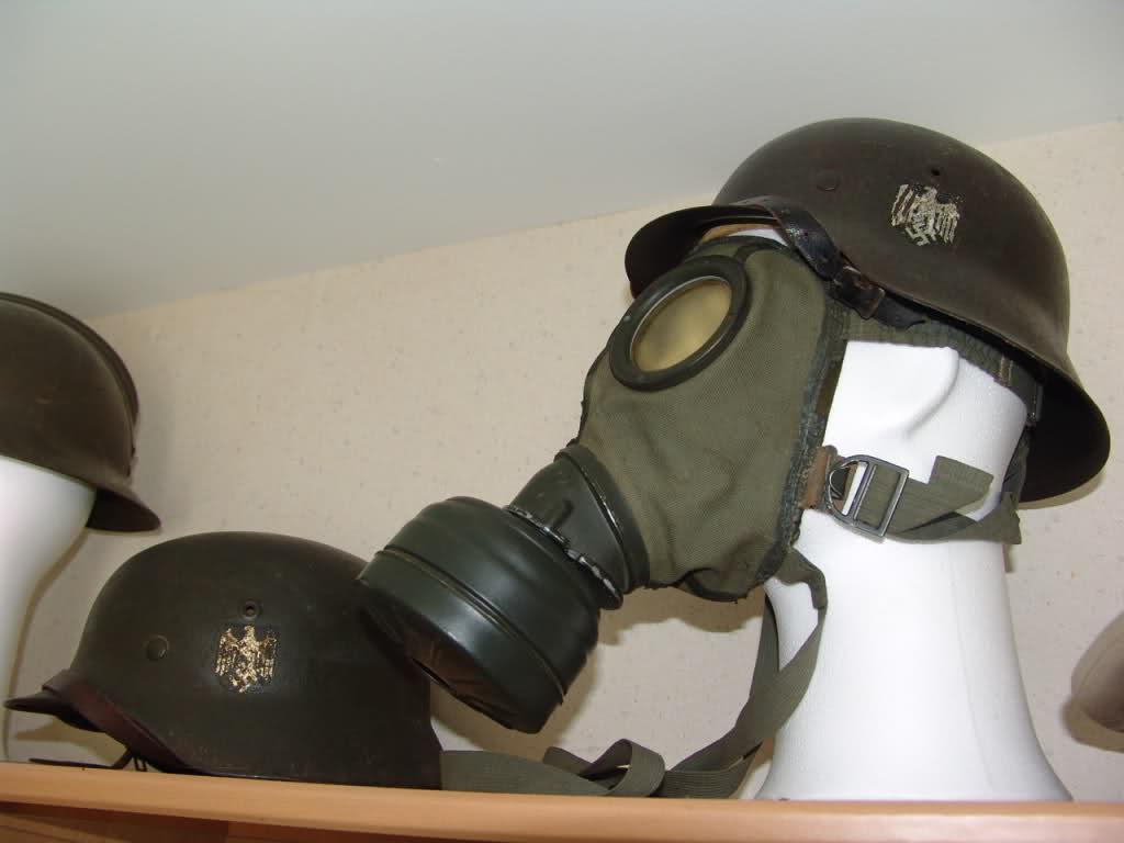 Vos casques allemands WW2... - Page 2 241584h